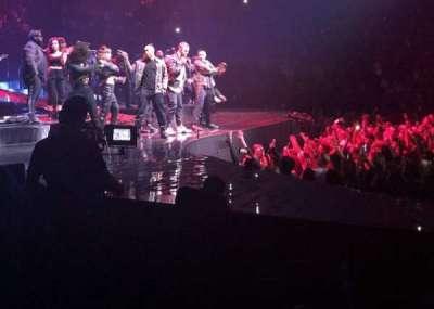 T-Mobile Arena, vak: 4, rij: A, stoel: 1