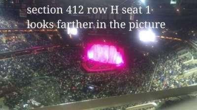 Capital One Arena, vak: 412, rij: H, stoel: 1
