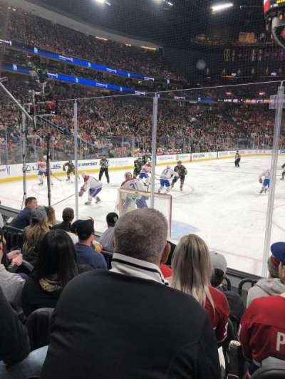 T-Mobile Arena, vak: 11, rij: D, stoel: 9