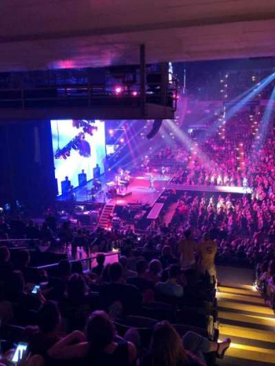 Royal Farms Arena, vak: 207, rij: L, stoel: 1