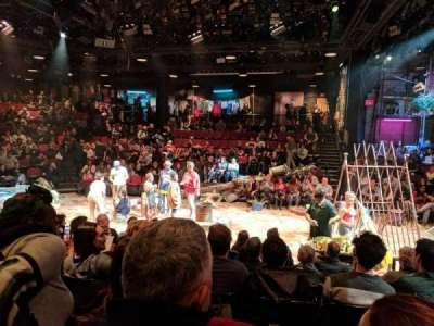 Circle in the Square Theatre, vak: ORCH, rij: F, stoel: 244