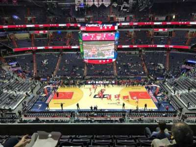 Capital One Arena, vak: 417, rij: F, stoel: 13