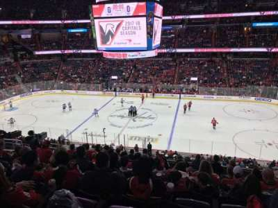 Capital One Arena, vak: 216, rij: K, stoel: 8