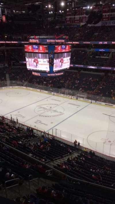 Capital One Arena, vak: 403, rij: A, stoel: 10
