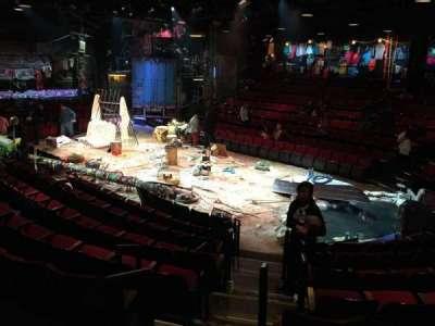 Circle in the Square Theatre, vak: Orchestra, rij: H, stoel: 141