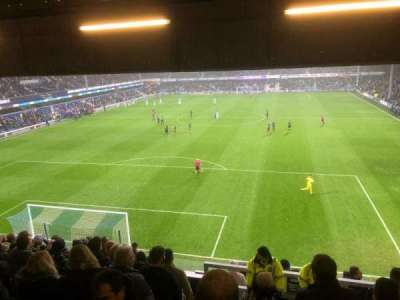 Loftus Road vak Y5 - School End (away)