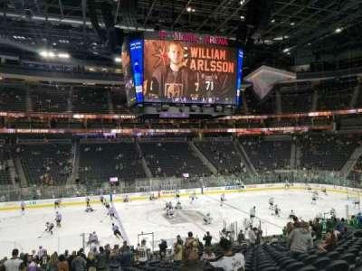 T-Mobile Arena, vak: 5, rij: U, stoel: 4