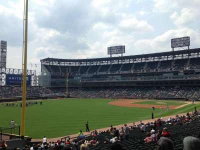 Guaranteed Rate Field, vak: 154, rij: 34, stoel: 20