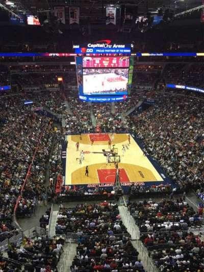 Capital One Arena, vak: 408, rij: A, stoel: 8