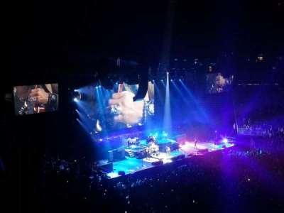 T-Mobile Arena, vak: 206, rij: B, stoel: 14