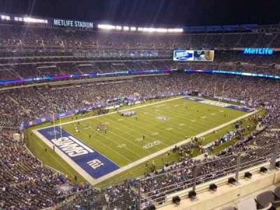MetLife Stadium, vak: 320, rij: 4, stoel: 1