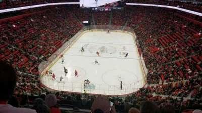 Little Caesars Arena, vak: M2, rij: 4, stoel: 16