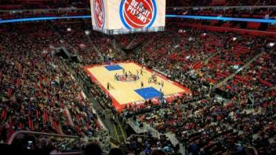 Little Caesars Arena, vak: M4, rij: 1, stoel: 16