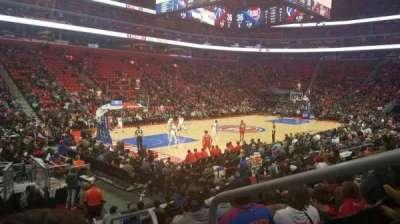 Little Caesars Arena, vak: 126, rij: 11, stoel: 1