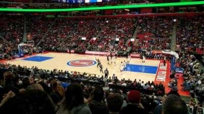 Little Caesars Arena, vak: 107, rij: 17, stoel: 1