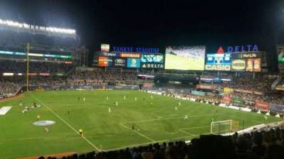 Yankee Stadium, vak: 216, rij: 16, stoel: 20