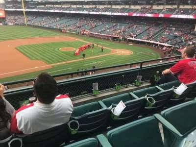 Angel Stadium, vak: C316, rij: C, stoel: 1