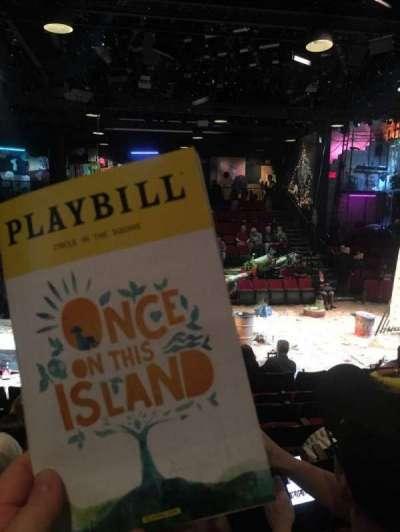 Circle in the Square Theatre, vak: Orchestra, rij: G, stoel: 222