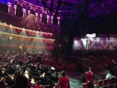 Royal Albert Hall, vak: Stalls L, rij: 8, stoel: 94
