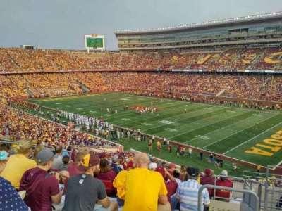 TCF Bank Stadium, vak: 205, rij: 11, stoel: 2