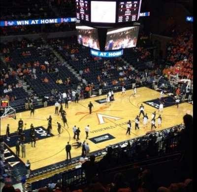 John Paul Jones Arena, vak: 305, rij: R, stoel: 12