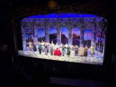 Broadhurst Theatre, vak: Mezzanine, rij: D, stoel: 2