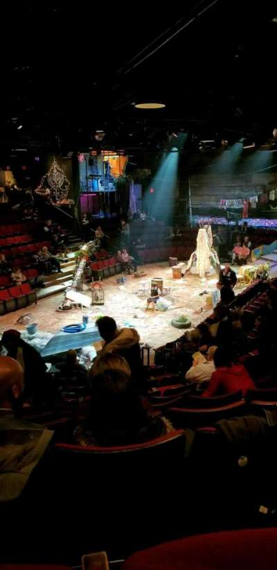 Circle in the Square Theatre, vak: Orchestra, rij: K, stoel: 132