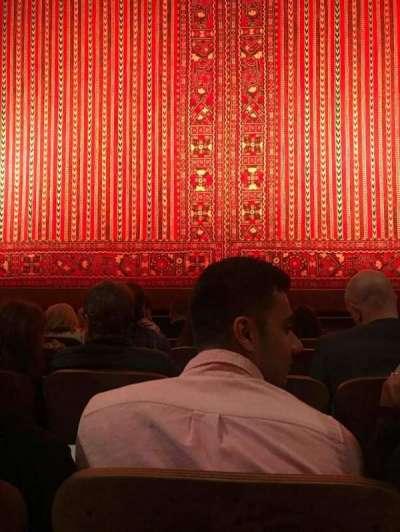 New Amsterdam Theatre, vak: Orcherstra, rij: E, stoel: 107