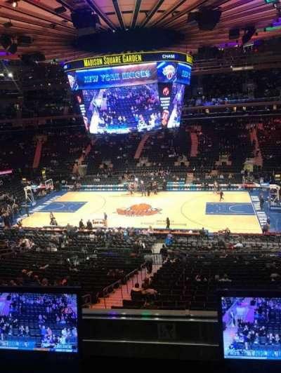 Madison Square Garden, vak: 212, rij: 2, stoel: 7