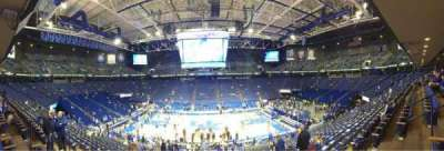 Rupp Arena, vak: 14, rij: U, stoel: 6