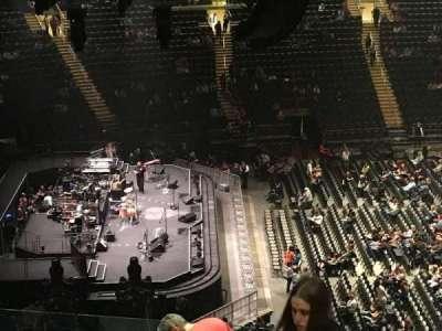 Madison Square Garden, vak: 222, rij: 12, stoel: 21
