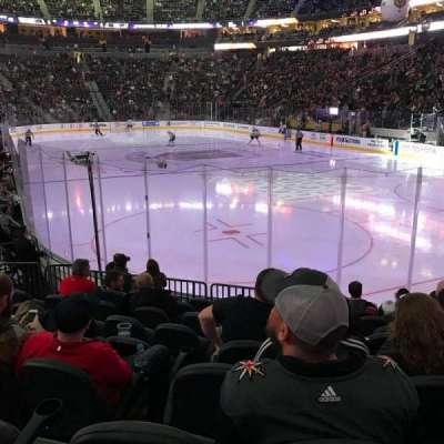 T-Mobile Arena, vak: 19, rij: J, stoel: 9