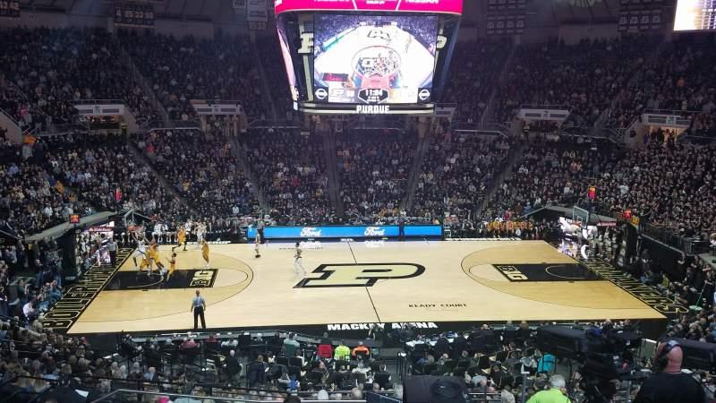 Mackey Arena, vak: 110, rij: 12, stoel: 26