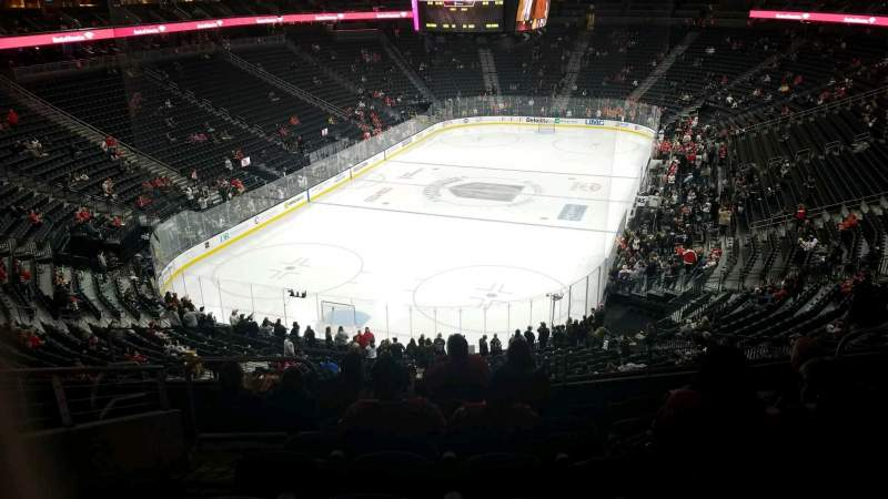 T-Mobile Arena, vak: 103, rij: H, stoel: 5