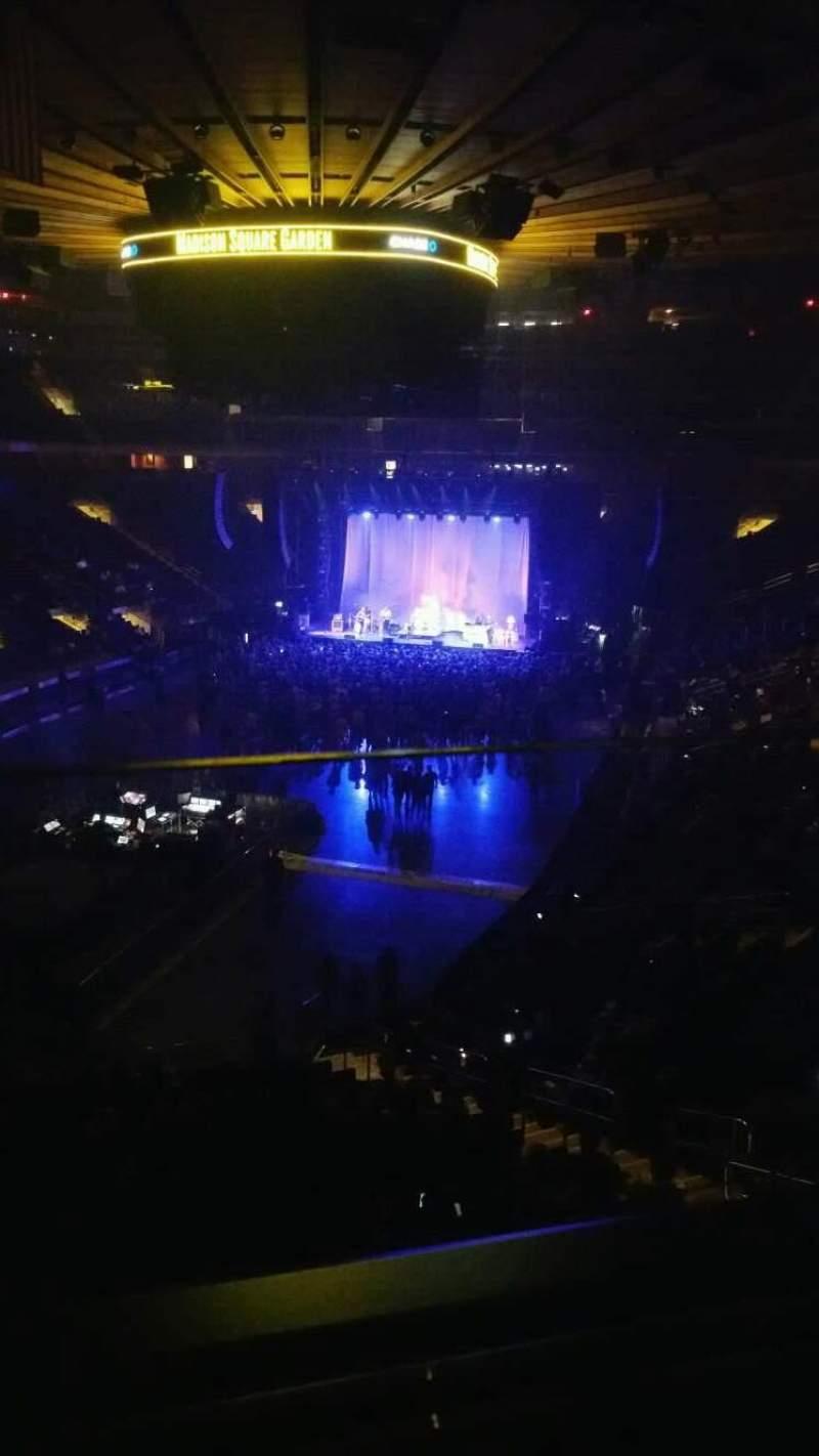 Madison Square Garden, vak: 206, rij: 1, stoel: 2