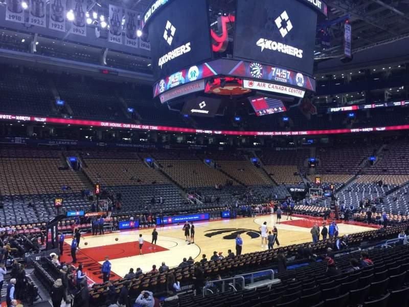 Scotiabank Arena, vak: 110, rij: 17, stoel: 4