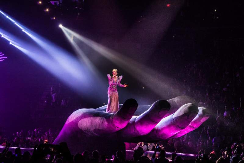 T-Mobile Arena, vak: 7, rij: A, stoel: 1