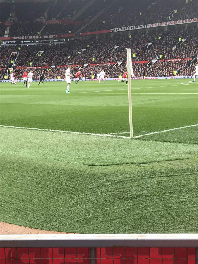 Old Trafford, vak: E132, rij: CC, stoel: 20