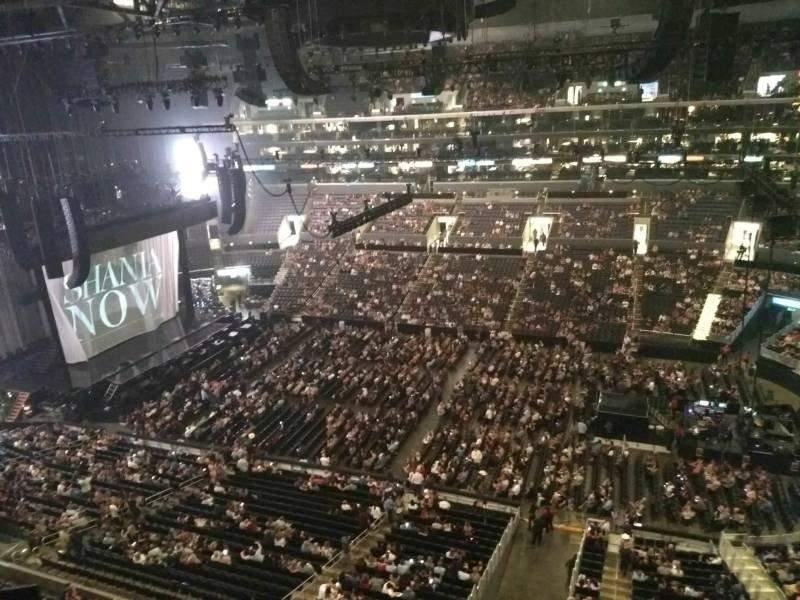 Staples Center, vak: 317, rij: 2, stoel: 1