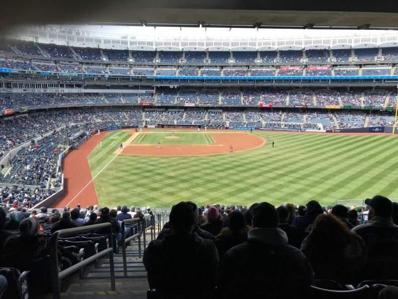 Yankee Stadium, vak: 205, rij: 18, stoel: 1