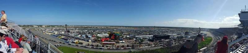 Daytona International Speedway, vak: 443, rij: 33, stoel: 3