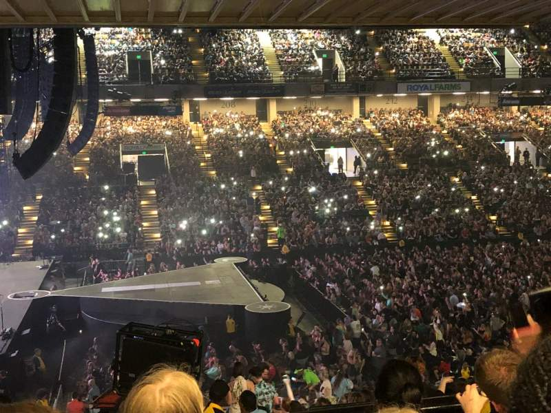 Royal Farms Arena, vak: 205, rij: K, stoel: 11