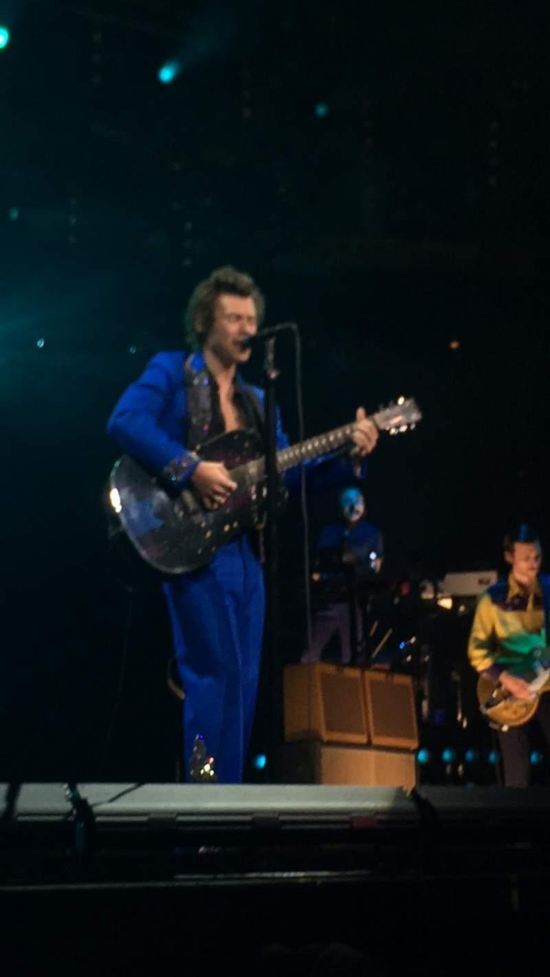 Bridgestone Arena, vak: GA pit