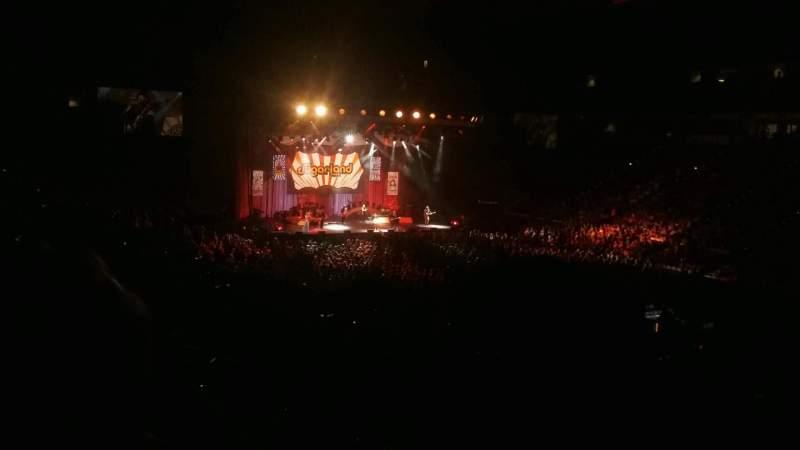 PNC Arena, vak: 130, rij: WW, stoel: 1