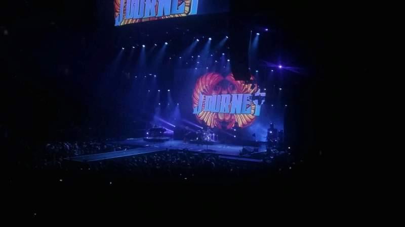 PNC Arena, vak: 120, rij: N, stoel: 14