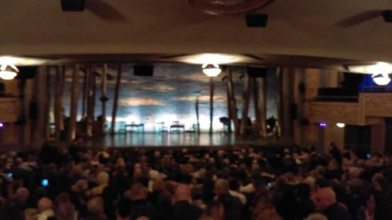 Gerald Schoenfeld Theatre, vak: Standing Room, stoel: 104