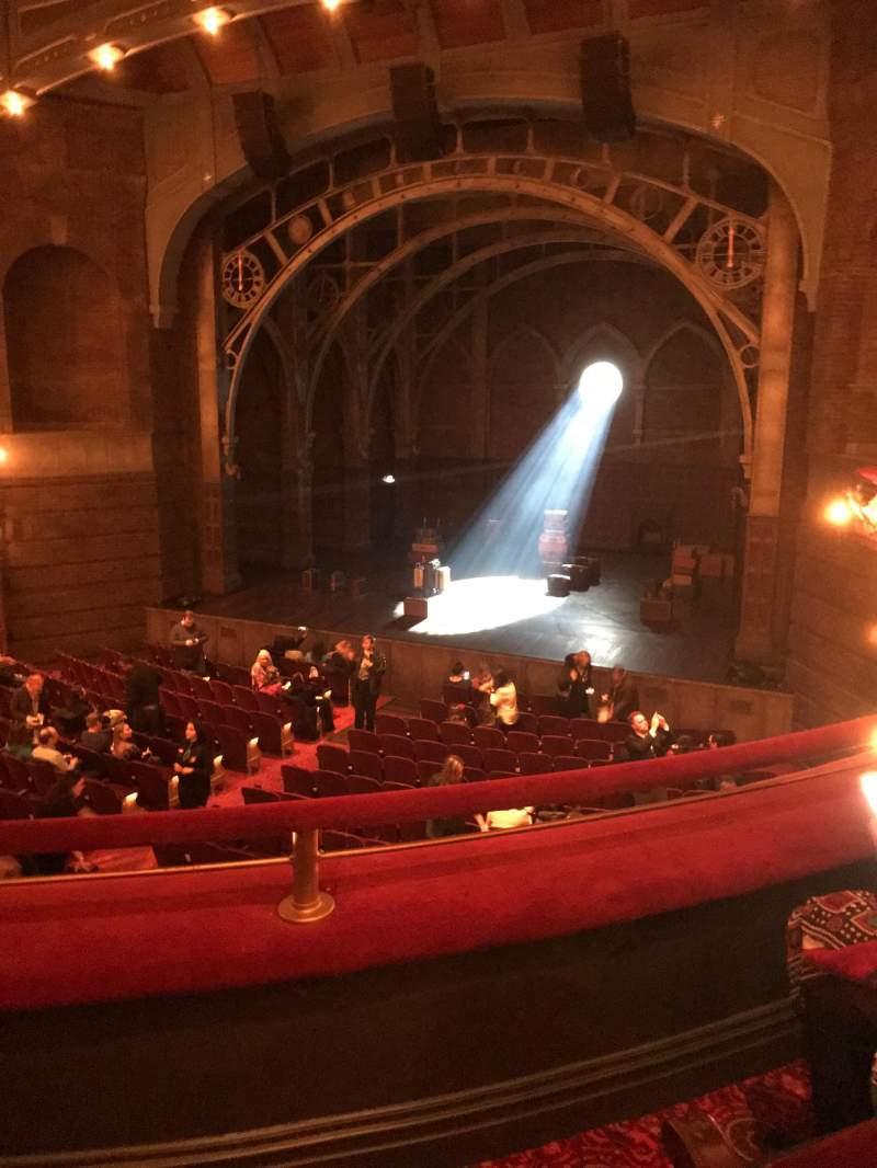 Lyric Theatre, vak: Dress Circle, rij: B, stoel: 6