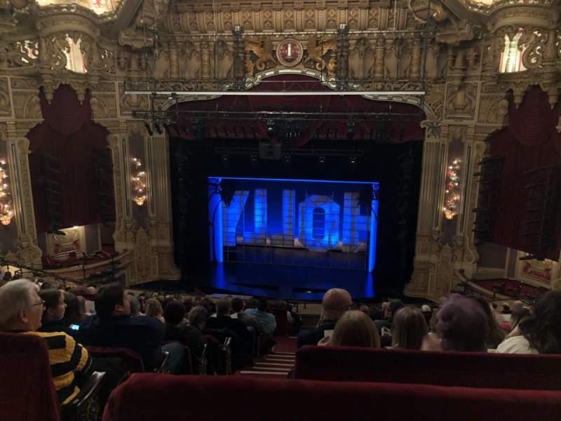Oriental Theatre, vak: Balcrc, rij: M, stoel: 320