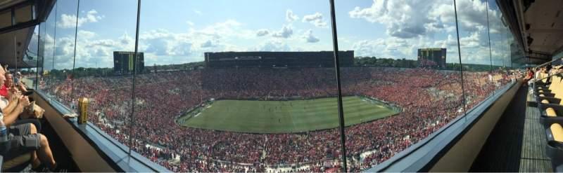 Michigan Stadium, vak: 409, rij: 1, stoel: 8