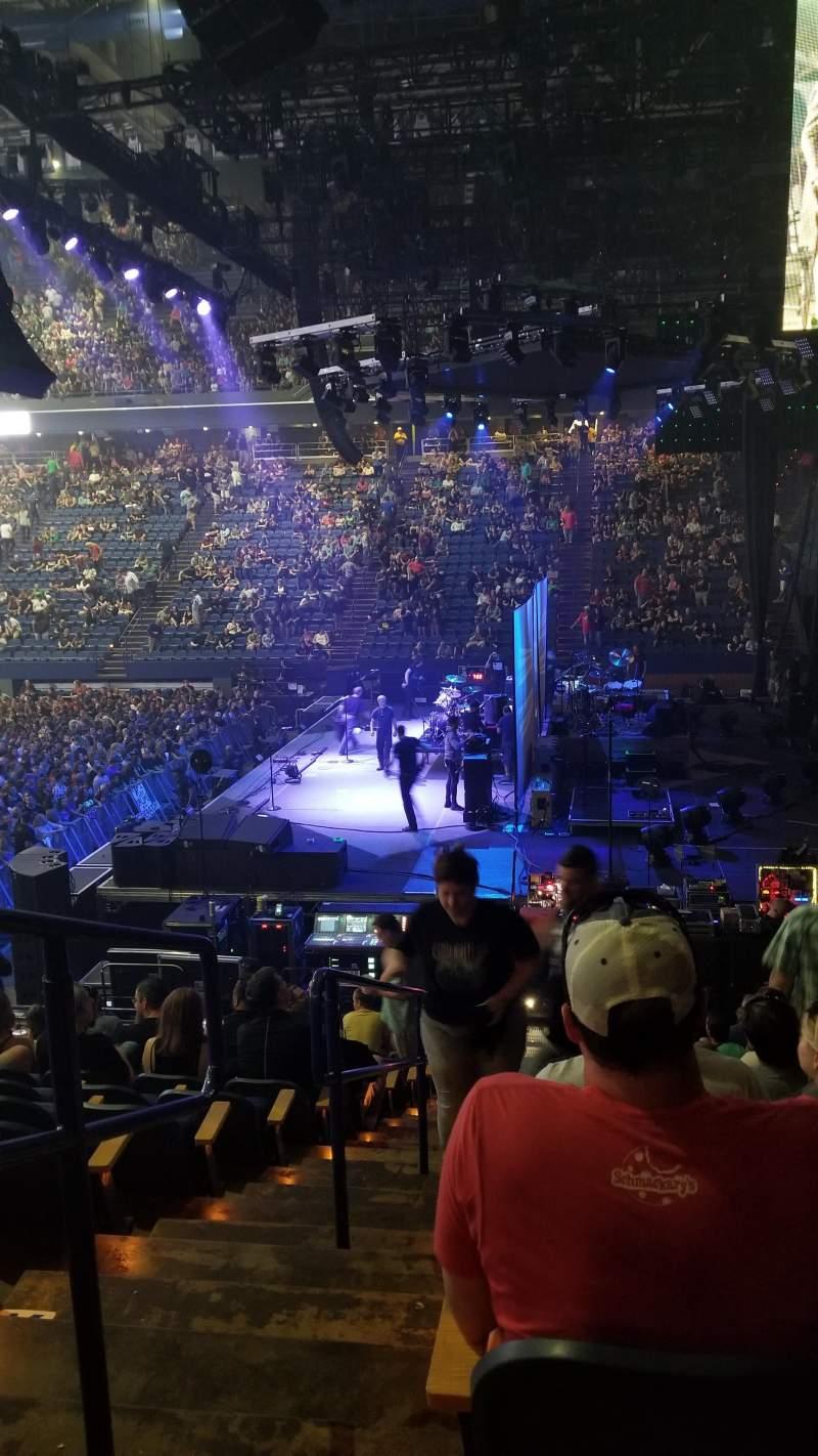 Rupp Arena, vak: 11, rij: N, stoel: 14